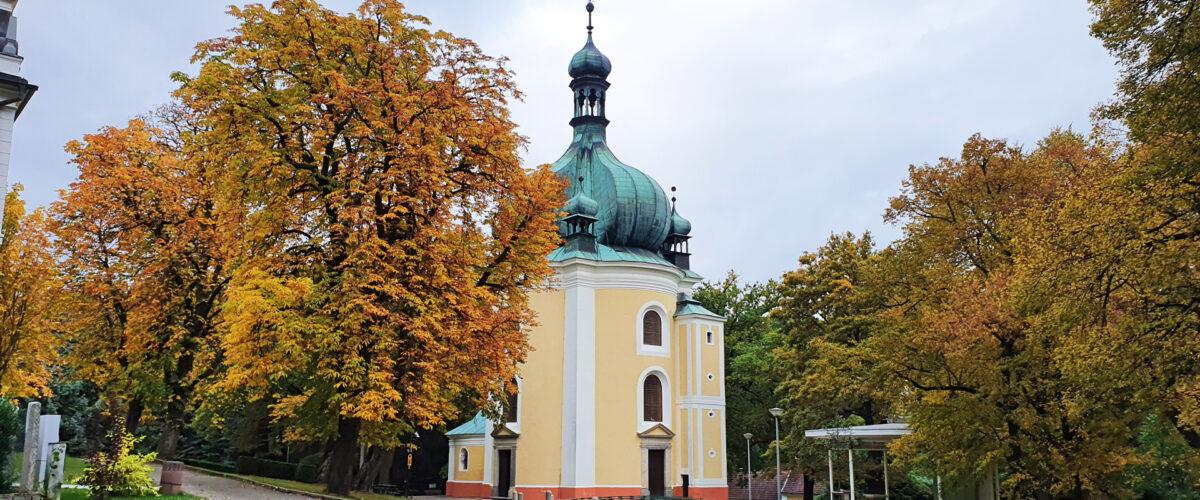 Poutní areál Lomec, klášter, kostel
