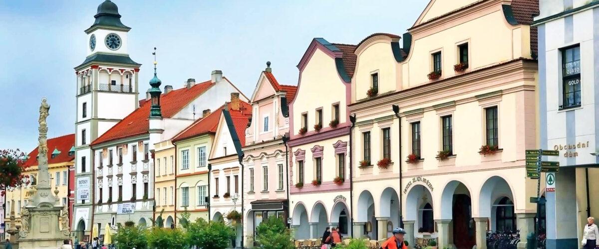 Třeboň, náměstí, věž radnice
